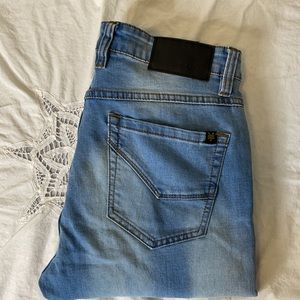 "Zoo York mens light wash ""Stretch Skinny"" jeans 32"